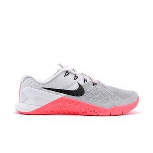 Nike Women's Metcon 3 Trainers